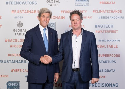 US Secretary John F. Kerry and Prof Andy Lowe at Global Table Australia, Seeds&Chips, September 2019